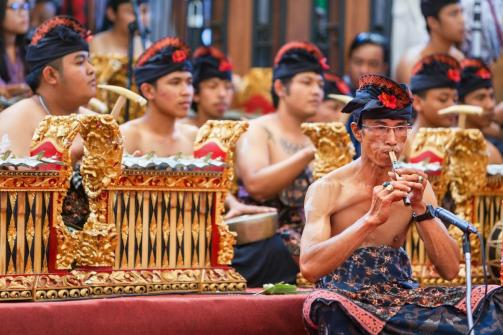 1200-539359524-balinese-music-on-bamboo-flute