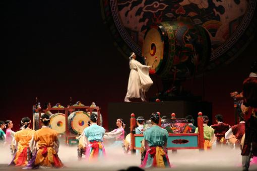 korean_dance-grand_drum_ensemble-01